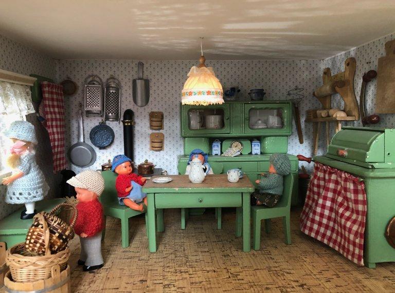 Grossansicht in neuem Fenster: Puppenhaus9